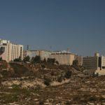 Obří komplex super moderní nemocnice v Ein Karem