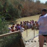 Na místě údajného Ježíšova křtu se takto zvěčnila skupinka pravoslavných Rusů