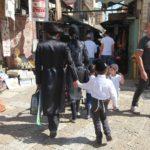 Židé v ulicích starého města Jeruzaléma