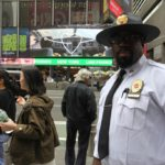 Na pořádek v ulicích New Yorku dohlíželi policisté.