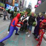 Na Times Square bylo možné potkat nejrůznější osobnosti a postavičky