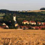 Kostel v Osttrožské Lhotě na Slovácku.