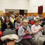 Na besedu v Orlovně přišlo okolo sedmdesáti návštěvníků.