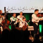 V tomto okamžiku byli všichni v sále vyzváni, aby povstali a zazpívali si společně s muzikou libanonskou hymnu. Většinu lidí ale zaskočili titulky na plátně :-)