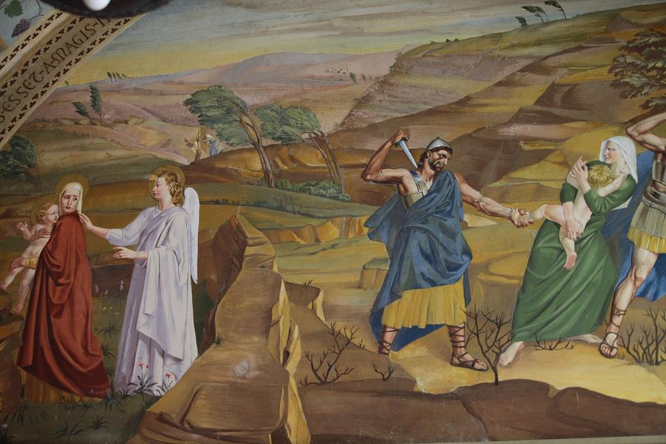 V kostele je také vyobrazení vraždění betlémských neviňátek.. Sv. Jan Křtitel byl zachráněn. Podle pověsti jeho matku Alžbětu varoval anděl, takže včas utekla a schovala se se synkem za kamenem...