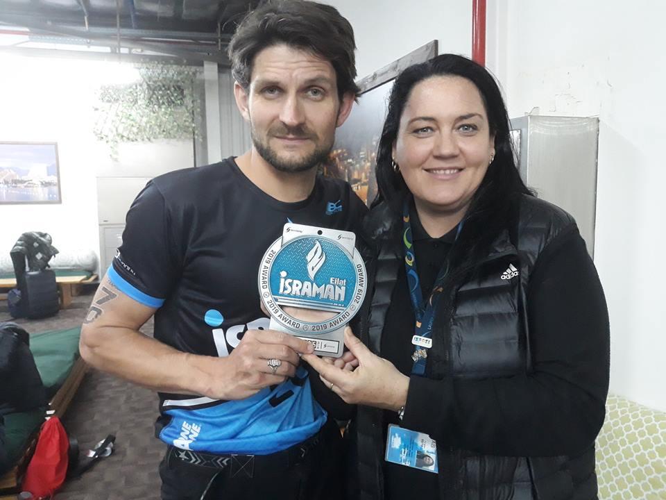 Martin Černý s Denisou Kovačikovou a medailí za druhé místo. Foto: Pavel Černý