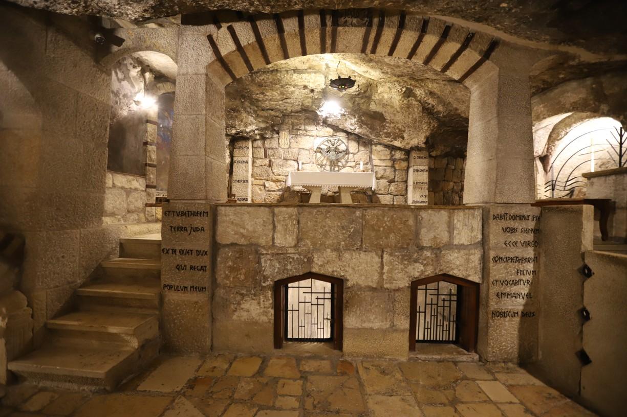 Jeskyně, kde svatý Jeroným přepisoval Bibli