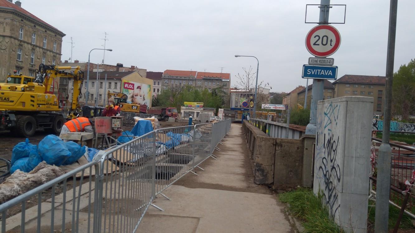 Oprava mostu přes řeku Svitavu