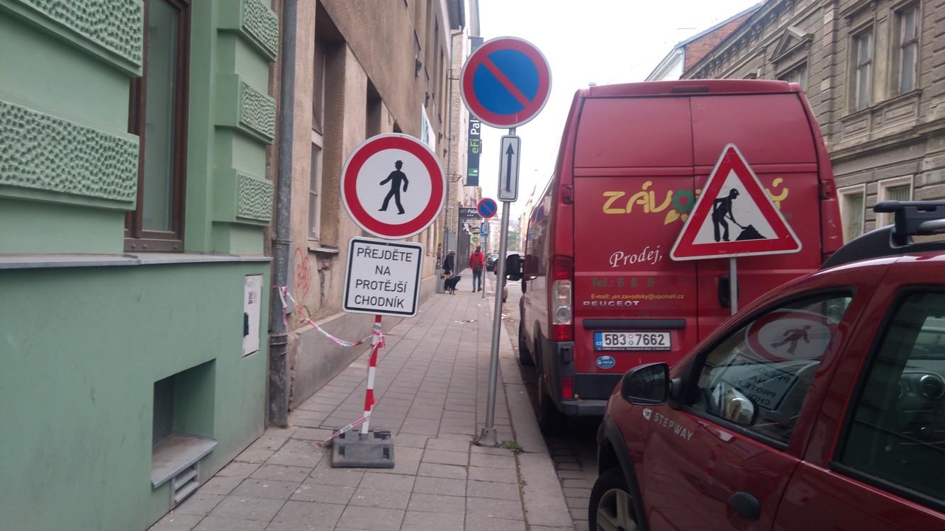 Opravuje se i na Bratislavské ulici