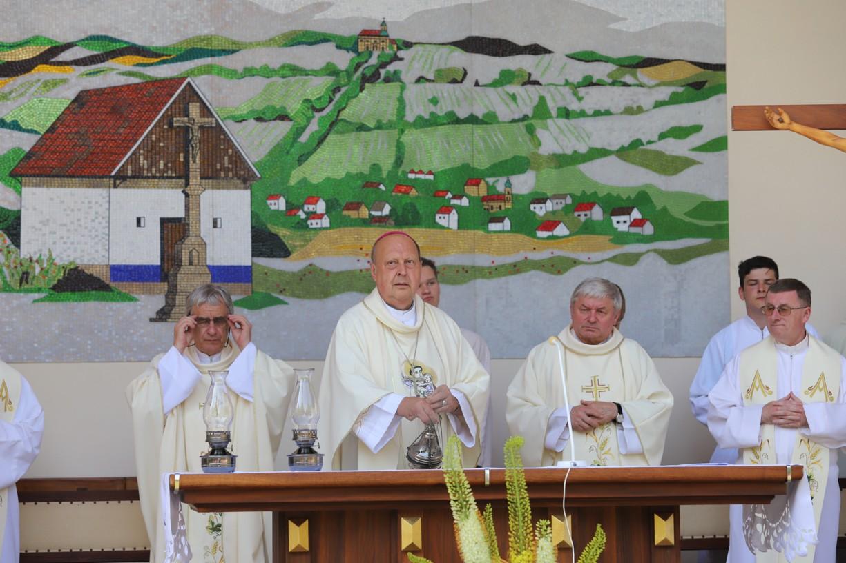 Poutní mše svatá ke cti sv. Antonína Paduánského začíná