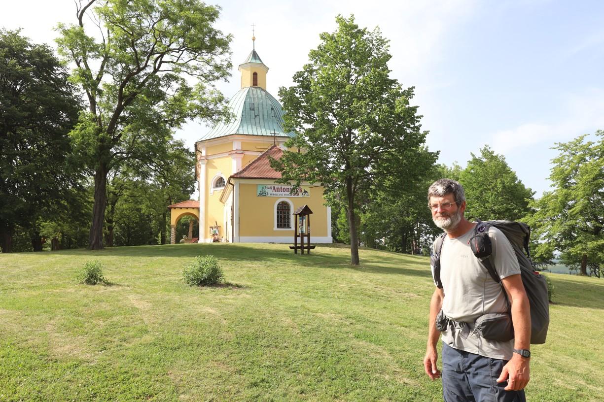 Poutník Tomáš Lachman si na Antonínku užil poklidu v převečer Hlavní pouti
