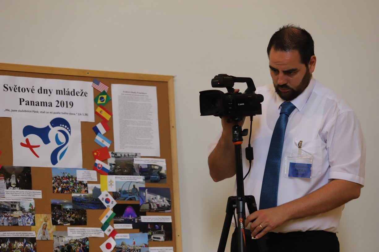 Kameraman týmu z Malty vše dokumentoval