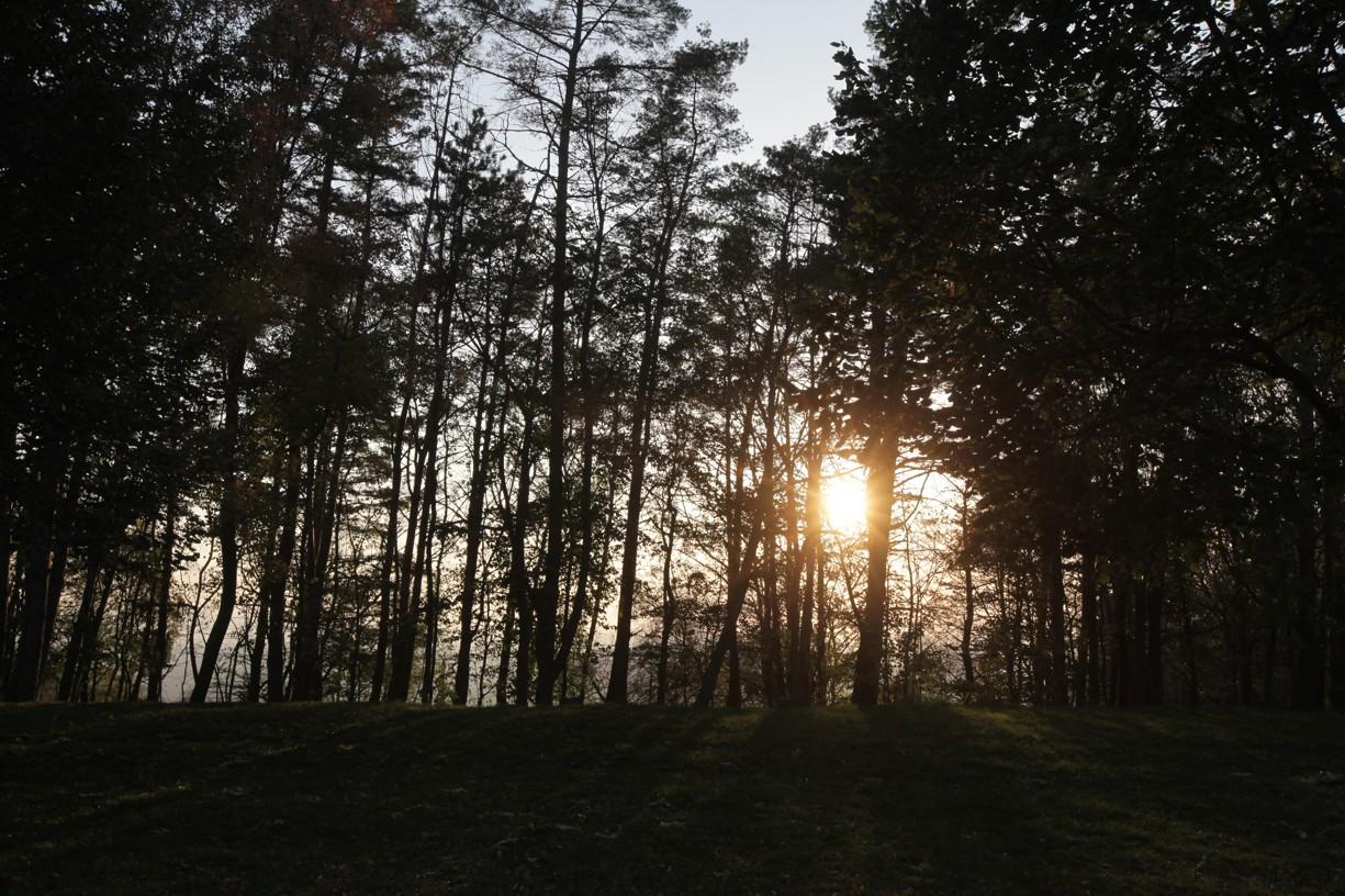 Podzimní padající slunce na Svatém Antonínku