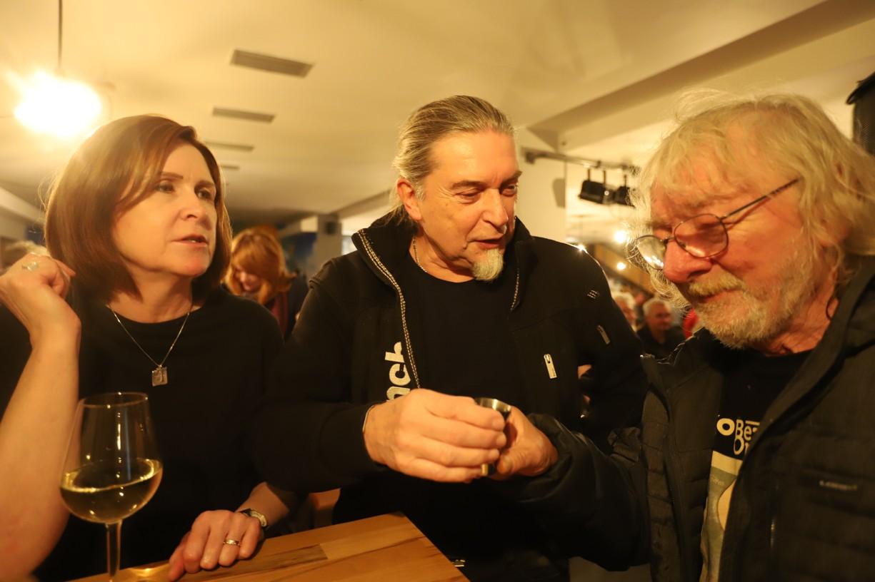 Honza Hrubý se rád vyfotil a zavzpomínal se svými přáteli z dob hluboké totality, kteří byli v listopadu 1989 iniciátoři manifestací ve Veselí nad Moravou