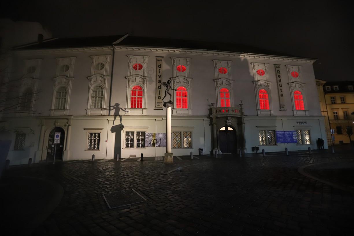 K Červené středě - #Red Wednesday!  se 27. 11. 2019 připojila také Reduta v Brně na Zelném trhu.