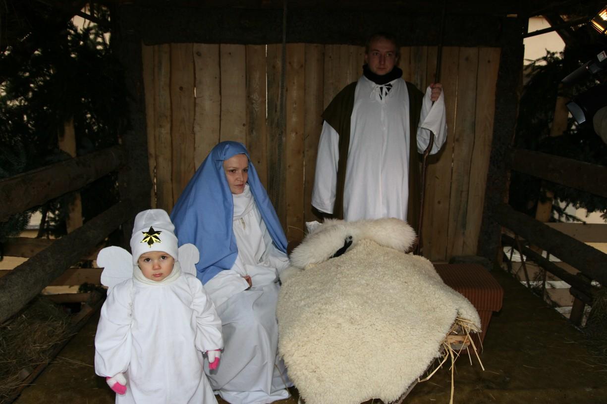Svatá rodina s Ježíškem.