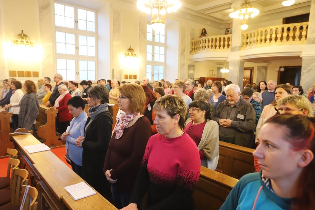 Semináře o nové evangelizaci se zúčastnilo více než sto účastníků