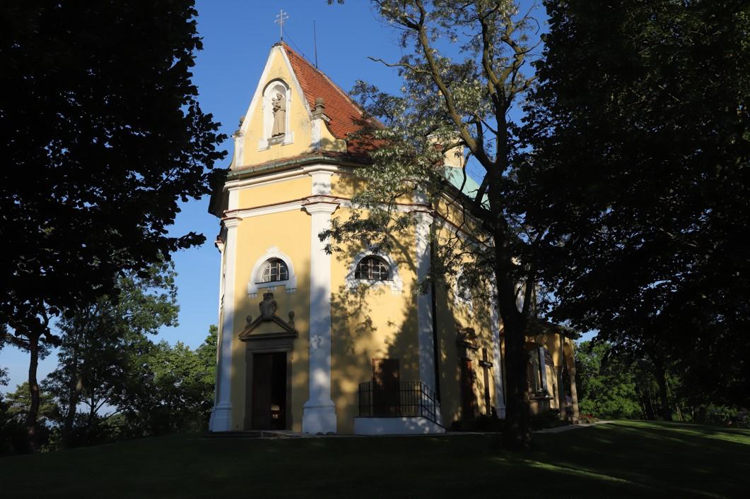 Kaple svatého Antonína Paduánského na Blatnické hoře.