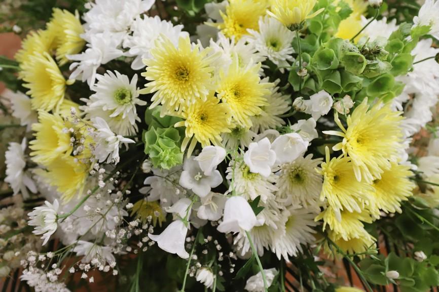 I tentokrát byla na Antonínku venku i v kapli krásná květinová výzdoba.