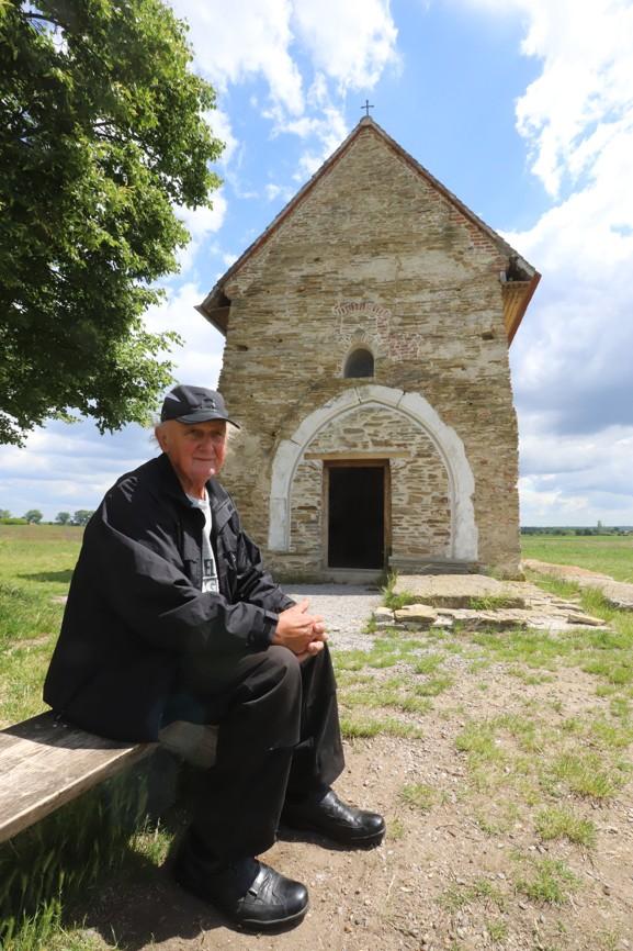Petrovi Kubánovi kostelík přirostl k srdci.