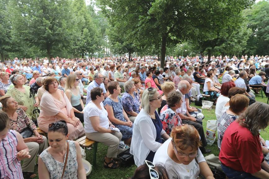 Primice si nenechaly ujít stovky lidí ze všech koutů Moravy