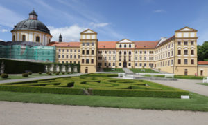 Ne náhodou je zámek a park v Jaroměřicích nad Rokytnou přirovnáván k Versai.