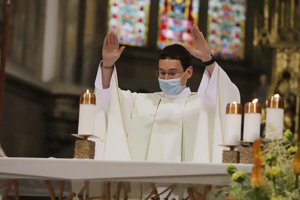 První novokněžské požehnání od Milana Werla