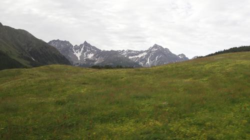 Projíždíme autobusem krajinou Švýcarska