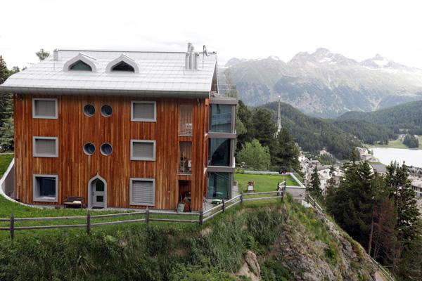 Architektura města St. Moritz ve Švýcarsku