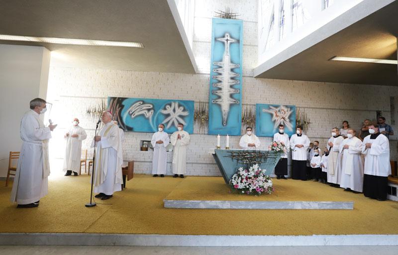 Přivítání biskupa Vojtěcha Cikrleho